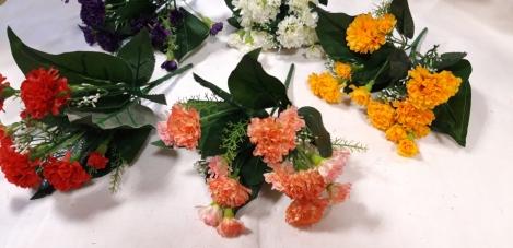 Mākslīgo neļķu ziedu pušķis-5(28cm)O66h271
