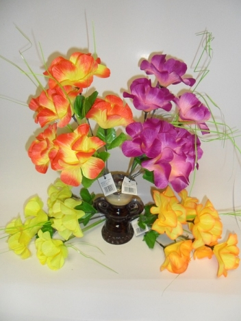 Mākslīgo hibiskusa ziedu pušķis 30 cm
